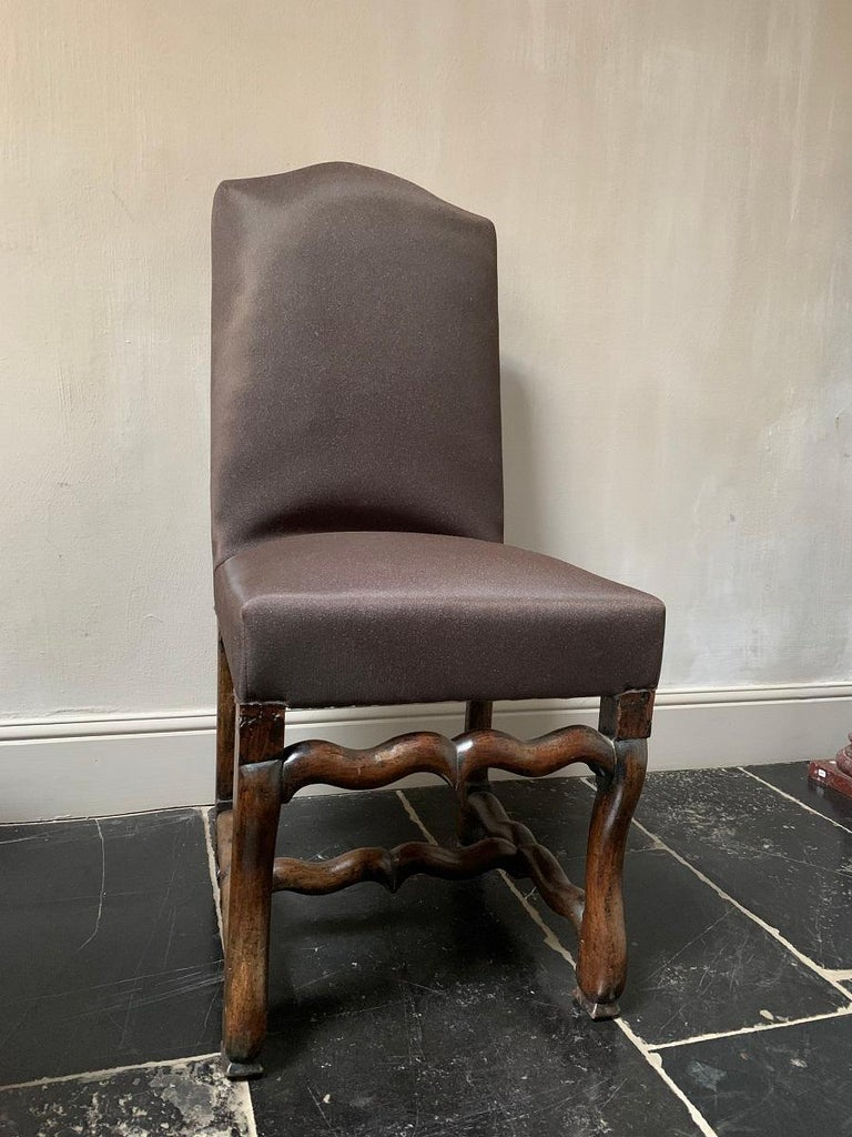 Set of 4 19th Century Walnut French Chairs For Sale 6