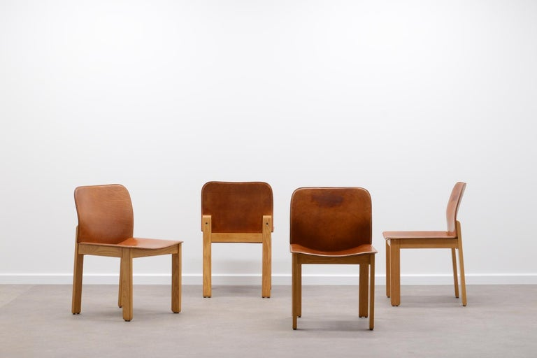 Set of beautiful chairs in very good condition.