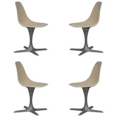 Set of 4 American 1970s Brushed Aluminum and Eggshell Chairs