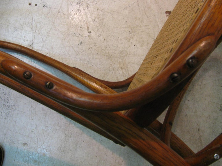 Set of 4 Antique Thonet Bentwood Chairs with Caned Seats For Sale 3