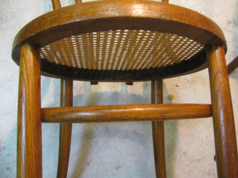 Hand-Crafted Set of 4 Antique Thonet Bentwood Chairs with Caned Seats For Sale