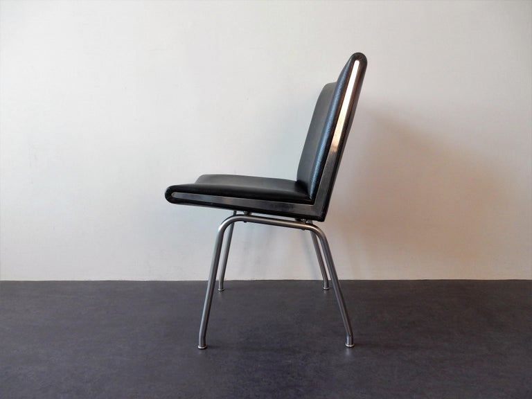Mid-Century Modern Set of 4 AP 40 Airport Chairs by Hans Wegner for AP Stolen, Denmark, 1950s For Sale