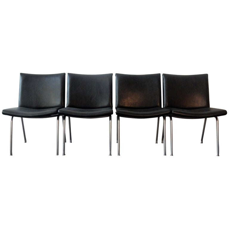 Set of 4 AP 40 Airport Chairs by Hans Wegner for AP Stolen, Denmark, 1950s For Sale