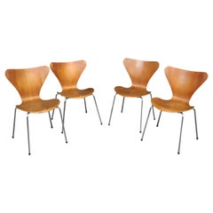 Set of 4 Arne Jacobsen for Fritz Hansen Danish Bentwood Chairs