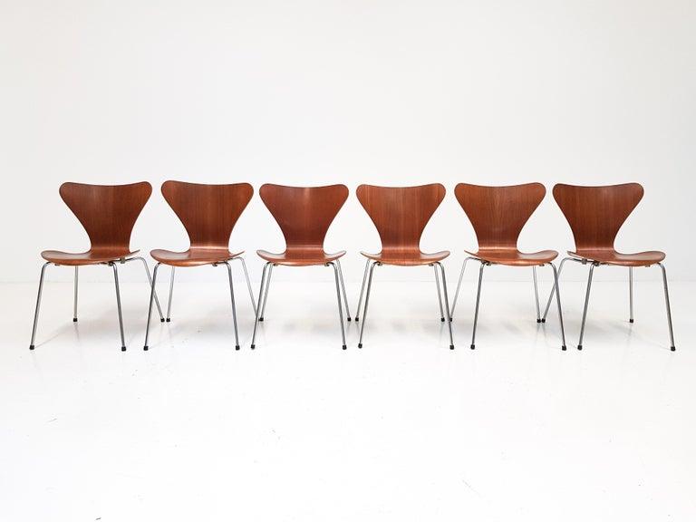 Scandinavian Modern Set of 4 Arne Jacobsen