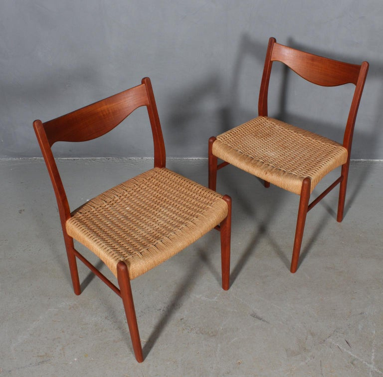 Set of 4 Arne Wahl Dining Chairs In Good Condition For Sale In Esbjerg, DK