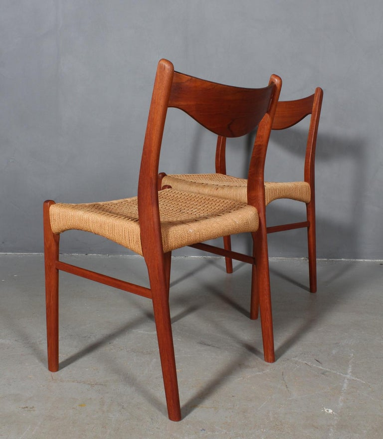 Set of 4 Arne Wahl Dining Chairs For Sale 2