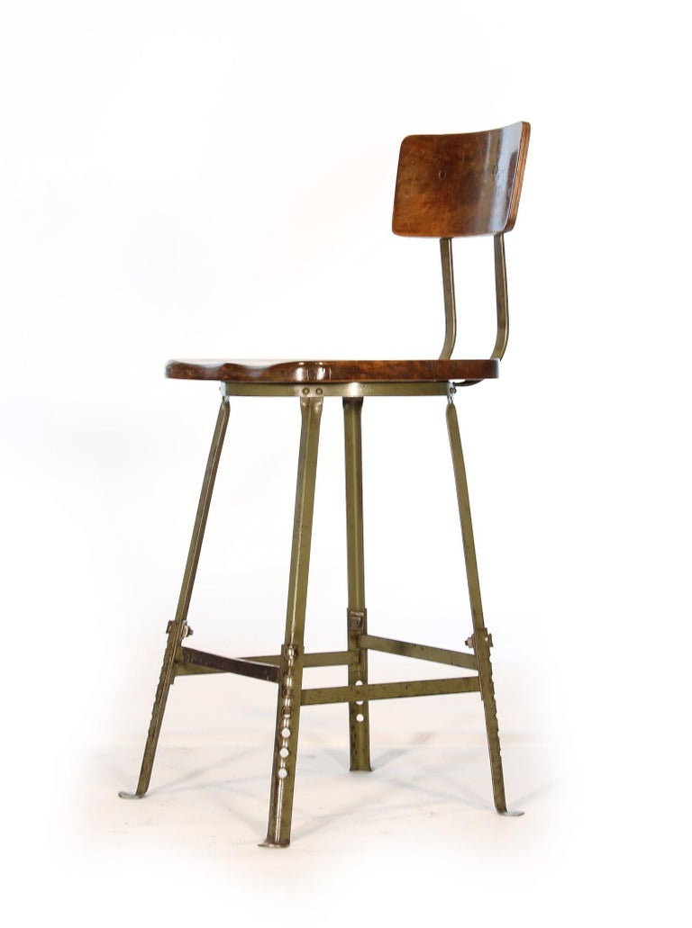 American Set of 4 Authentic Vintage Industrial Shop Stools For Sale