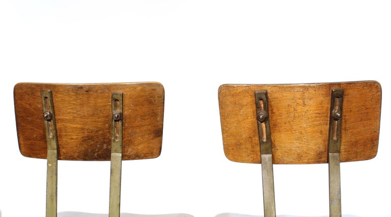 Set of 4 Authentic Vintage Industrial Shop Stools For Sale 2