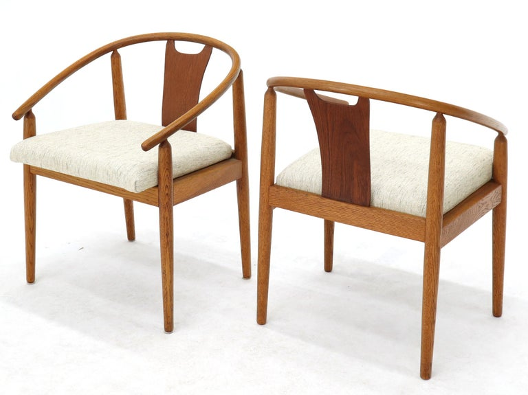 Set of 4 Barrel Back Bent Wood Dining Lounge Chairs New Upholstery For Sale 5
