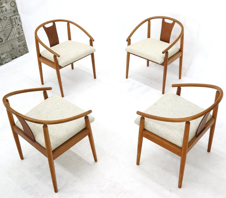 Set of 4 Barrel Back Bent Wood Dining Lounge Chairs New Upholstery For Sale 6