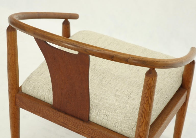Mid-Century Modern Set of 4 Barrel Back Bent Wood Dining Lounge Chairs New Upholstery For Sale