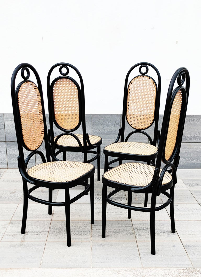 Set of 4 Black Lacquered Thonet N 17 High Back Dining Chairs For Sale 4
