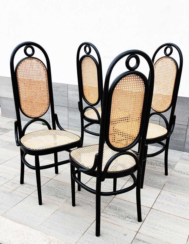 French Set of 4 Black Lacquered Thonet N 17 High Back Dining Chairs For Sale