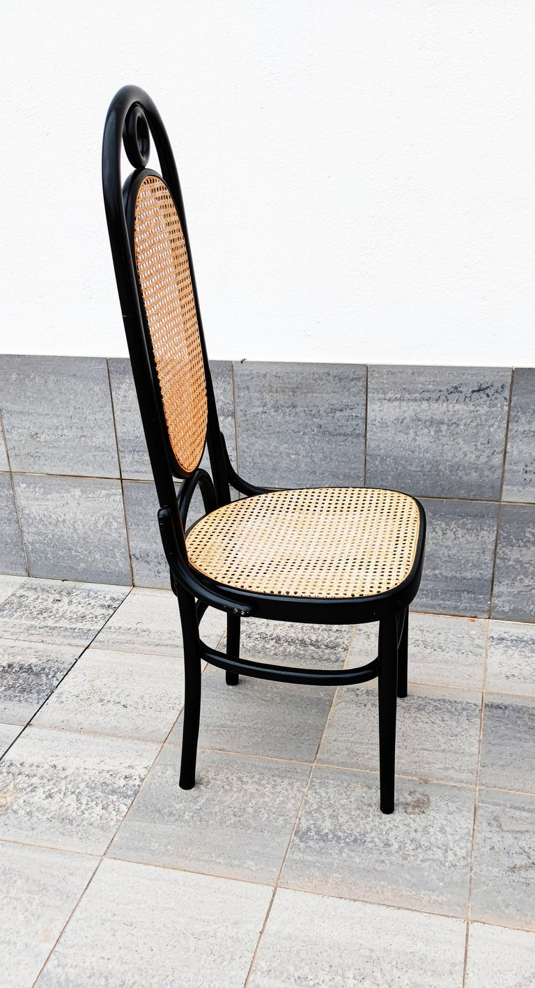 Set of 4 Black Lacquered Thonet N 17 High Back Dining Chairs For Sale 1