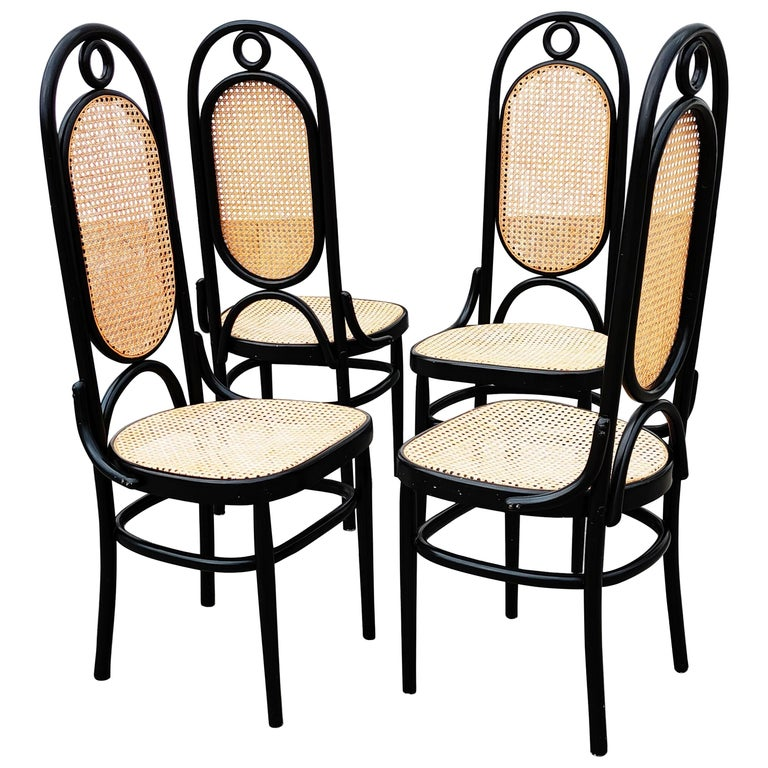 Set of 4 Black Lacquered Thonet N 17 High Back Dining Chairs For Sale