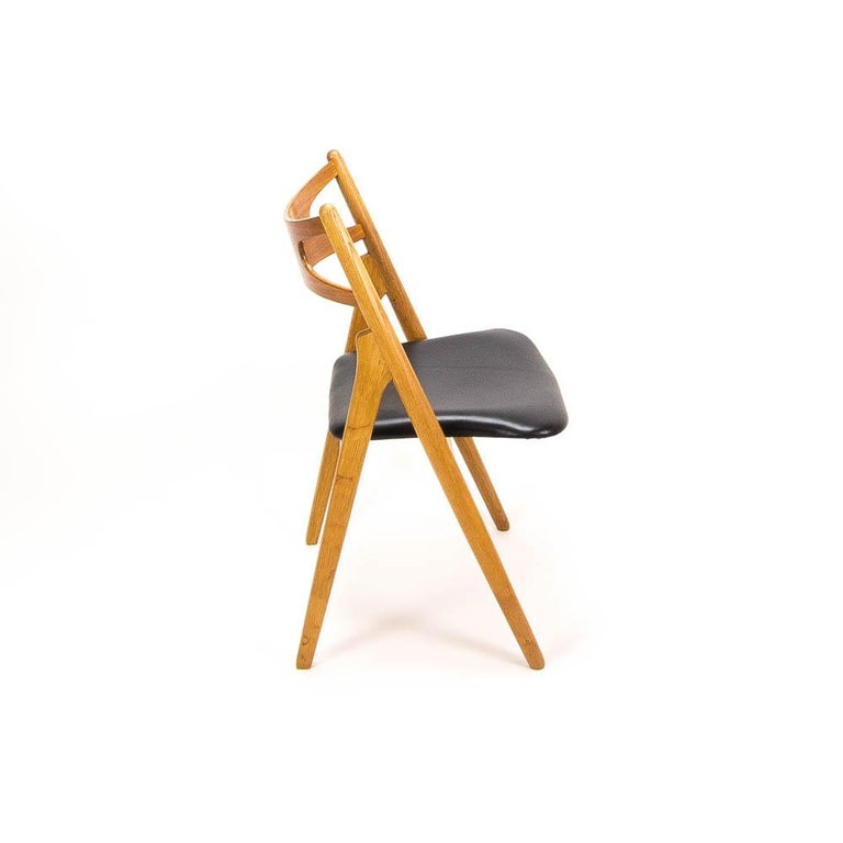 Set of 4 CH29 Sawbuck Dining Chairs by Hans Wegner for Carl Hansen & Søn In Good Condition For Sale In Berkhamsted, GB