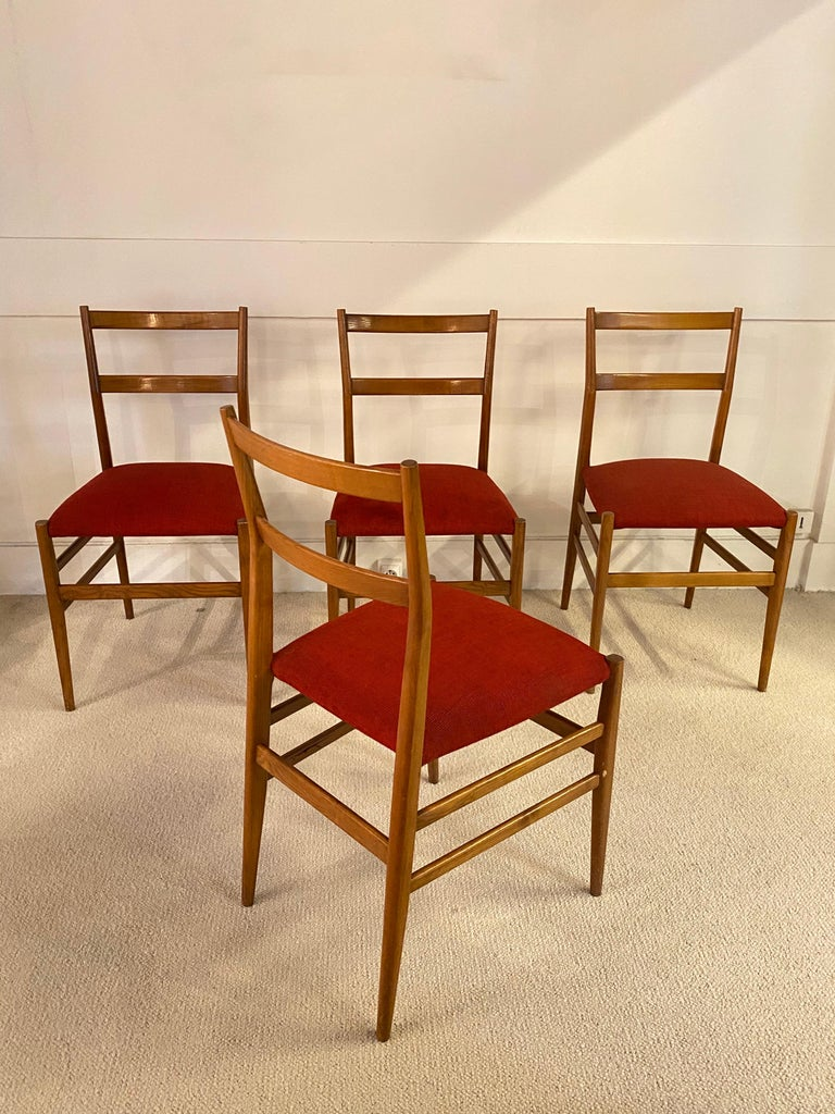 Set of 4 Chairs by Gio Ponti, circa 1950 In Good Condition For Sale In Saint-Ouen, FR