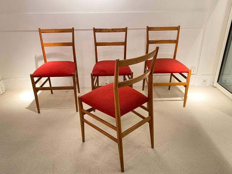 Wood Set of 4 Chairs by Gio Ponti, circa 1950 For Sale