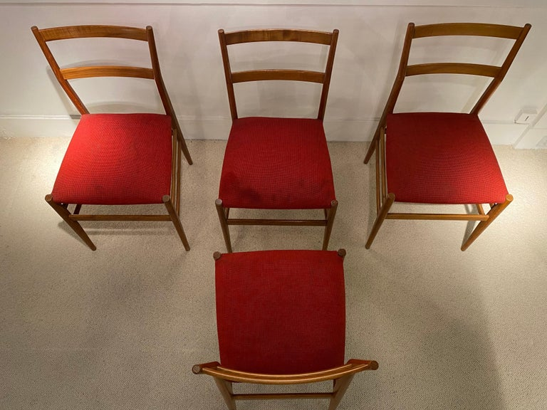 Set of 4 Chairs by Gio Ponti, circa 1950 For Sale 1