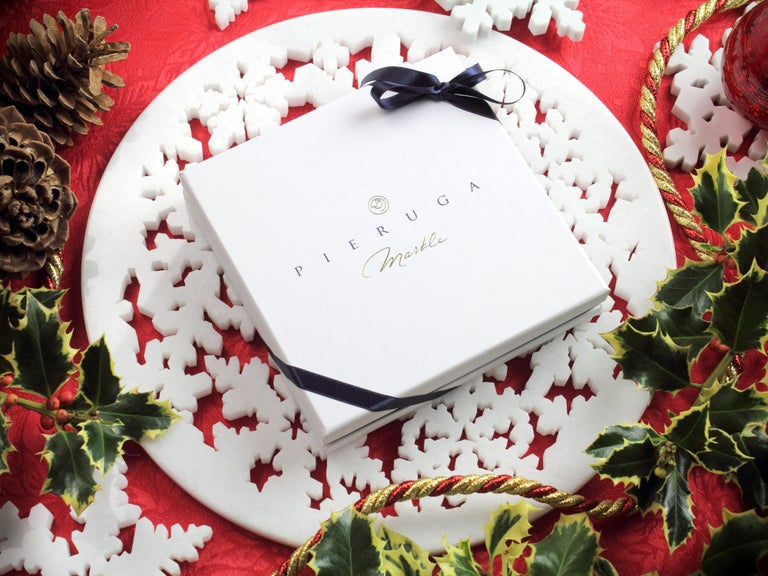 Set of 4 Charger Plate in Absolute Crystalline White Marble Christmas Decoration In New Condition For Sale In Ancona, Marche