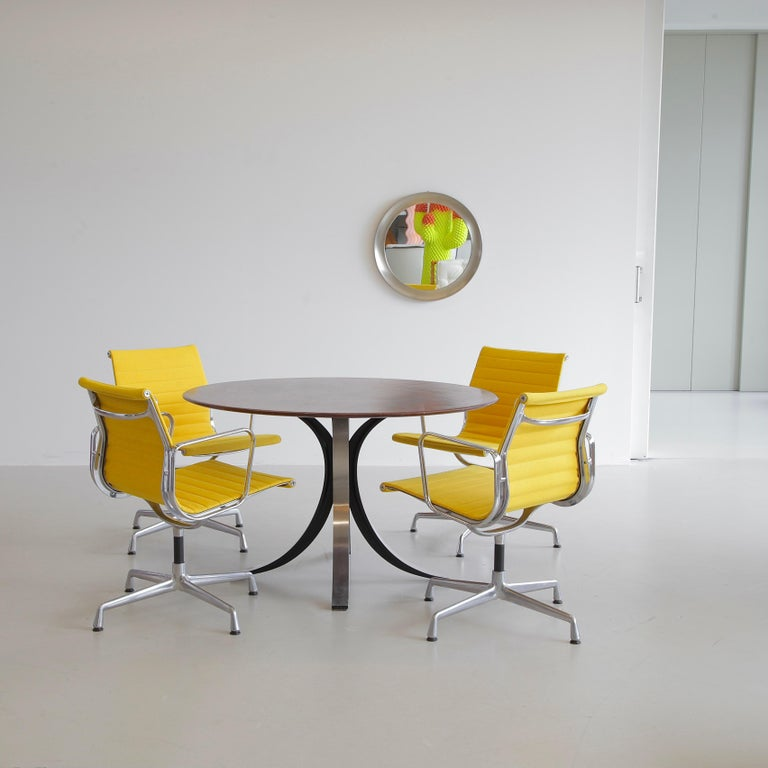 Late 20th Century Set of 4 Charles & Ray Eames Vintage Aluminium Office Chairs 'EA108' For Sale