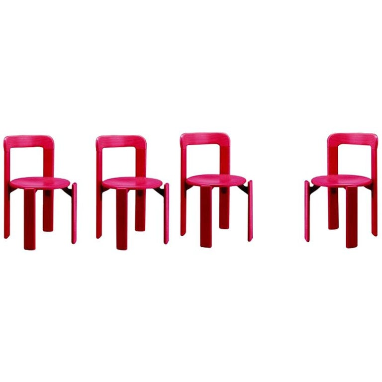 Set of 4 Children Chairs in Wood, Mid-Century Modern, Design 1971, in Pink For Sale