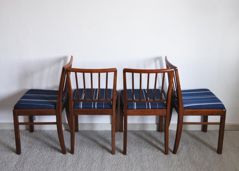 Scandinavian Modern Set of 4 Danish Dining Chairs in the Style of Jacob Kjær, 1940s For Sale