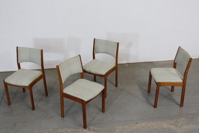 Set of 4 Danish Modern Teak Side Dining Chairs For Sale 5