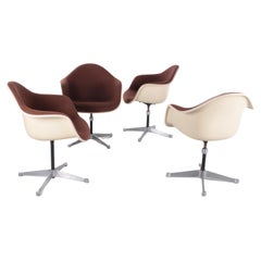 Set of 4 DAX Chairs by Charles & Ray Eames for Herman Miller