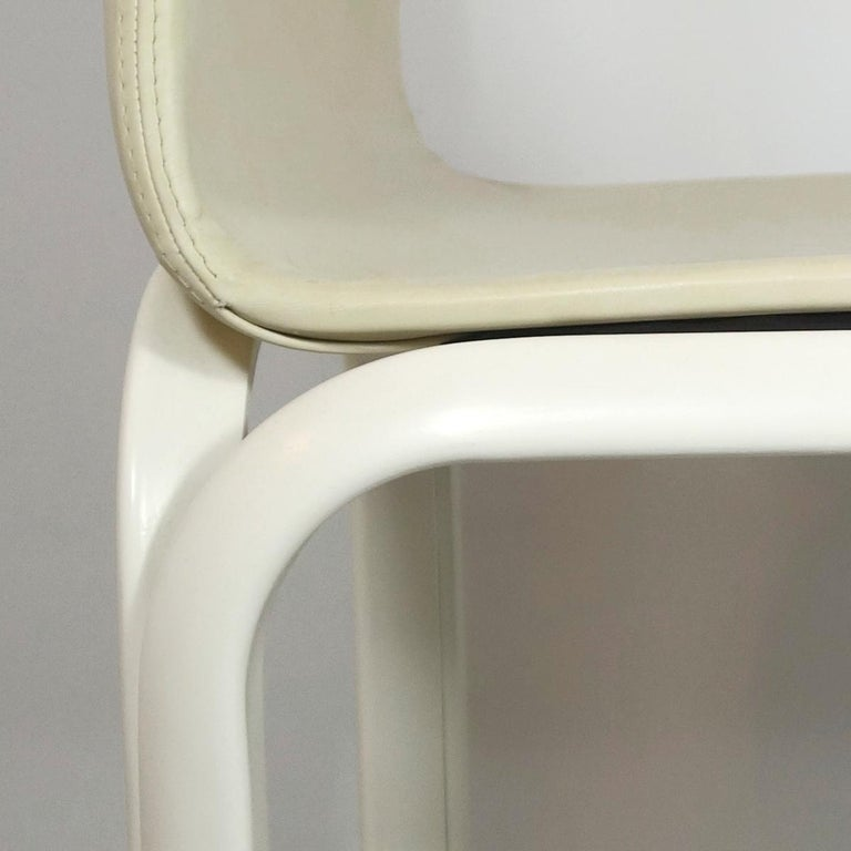 Set of 4 Dining Chairs Orsay Designed by Gae Aulenti for Knoll International For Sale 3