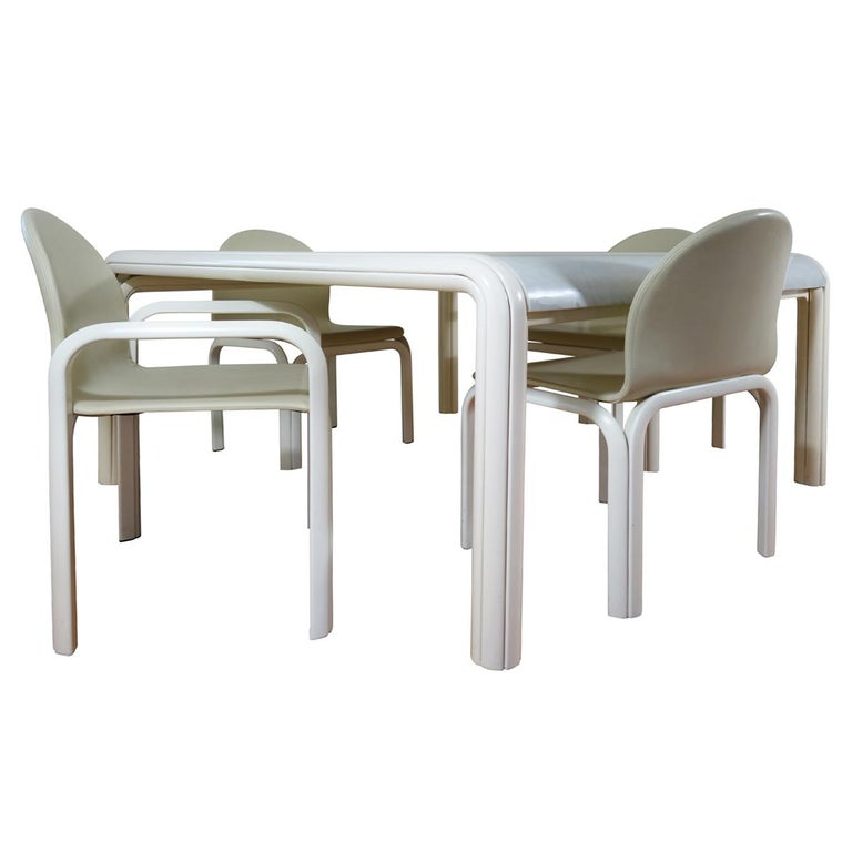 Set of 4 Dining Chairs Orsay Designed by Gae Aulenti for Knoll International For Sale 10