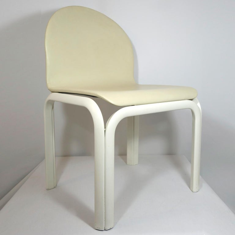 Mid-Century Modern Set of 4 Dining Chairs Orsay Designed by Gae Aulenti for Knoll International For Sale