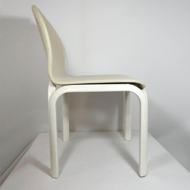 Italian Set of 4 Dining Chairs Orsay Designed by Gae Aulenti for Knoll International For Sale