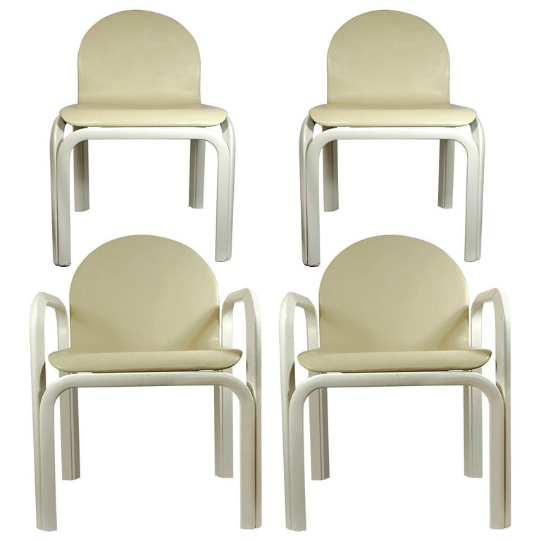 Set of 4 Dining Chairs Orsay Designed by Gae Aulenti for Knoll International For Sale