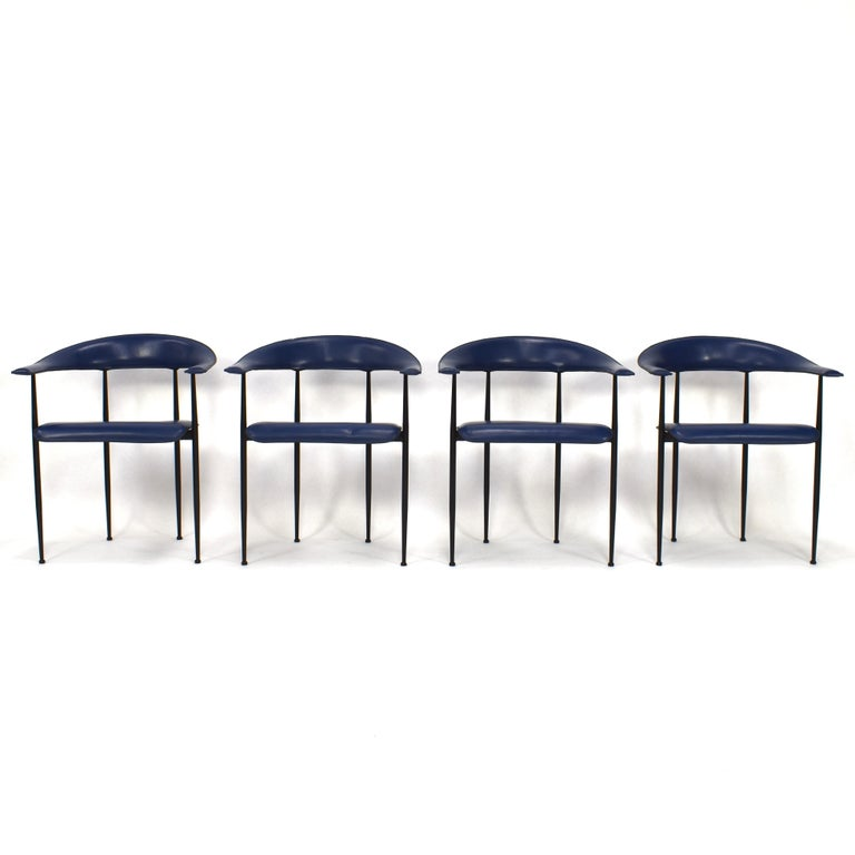 Mid-Century Modern Set of 4 Fasem P40 Leather Dining Chairs by Vegni and Gualtierotti, Italy For Sale
