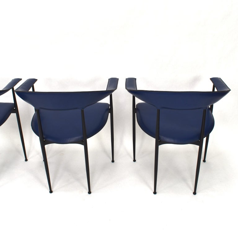 Set of 4 Fasem P40 Leather Dining Chairs by Vegni and Gualtierotti, Italy In Good Condition For Sale In Pijnacker, Zuid-Holland