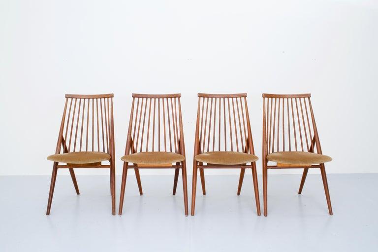 Mid-Century Modern Set of 4 'Flamingo' Chairs by Thea Leonard for Nassjo Stolefrabrik, Sweden, 1960 For Sale