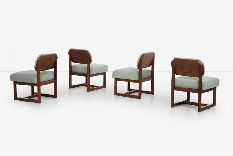 Set of 4 Frank Lloyd Wright Taliesin Dining Chairs In Good Condition In Chicago, IL