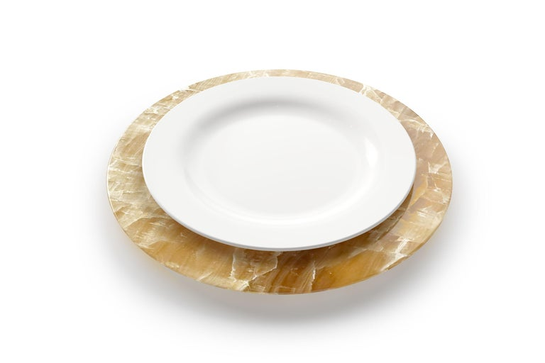 Hand-Carved Set of 4 Hand Carved Charger Plates in Amber Onyx Design by Pieruga Marble For Sale