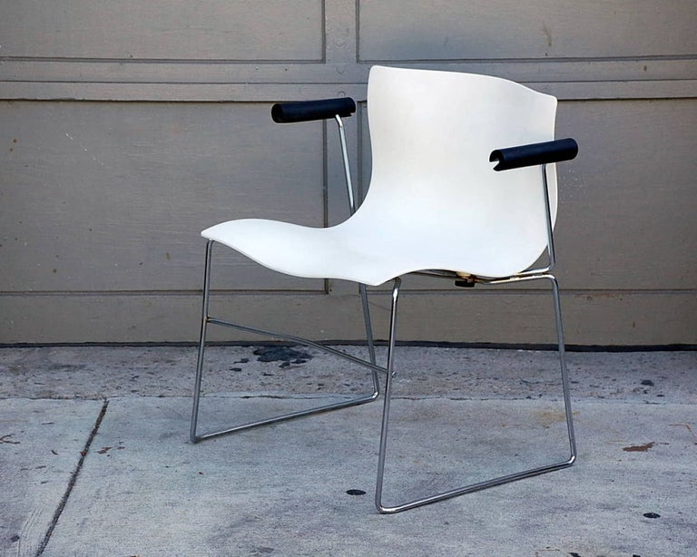Set of 4 handkerchief armchairs by Massimo Vignelli for Knoll.  In 1968 Vignelli was contracted by Knoll to re-envision the corporate identity and graphics program, resulting in the Knoll logo in Helvetica and the introduction of pantone super