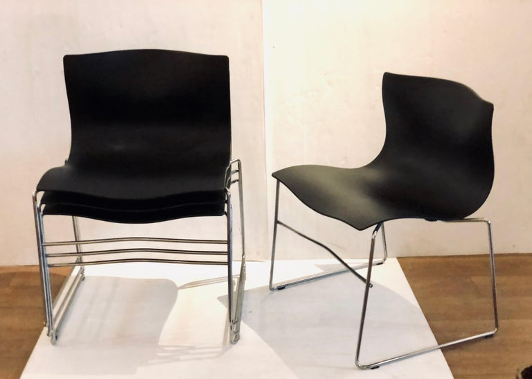 Post-Modern Set of 4 Handkerchief Chairs in Black & Chrome Designed by Vignelli for Knoll For Sale