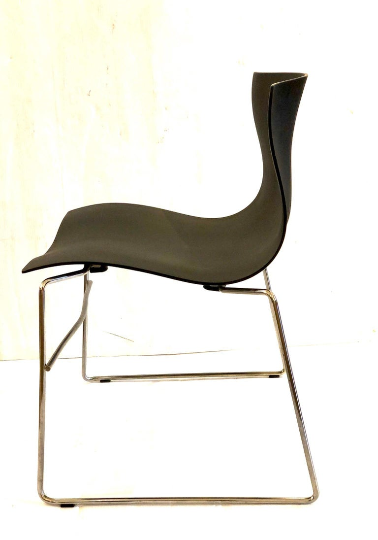20th Century Set of 4 Handkerchief Chairs in Black & Chrome Designed by Vignelli for Knoll For Sale
