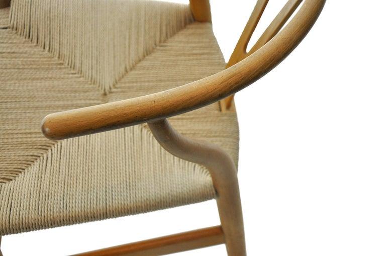 Mid-Century Modern Set of 4 Hans Wegner CH24 Wishbone Chairs for Carl Hansen For Sale