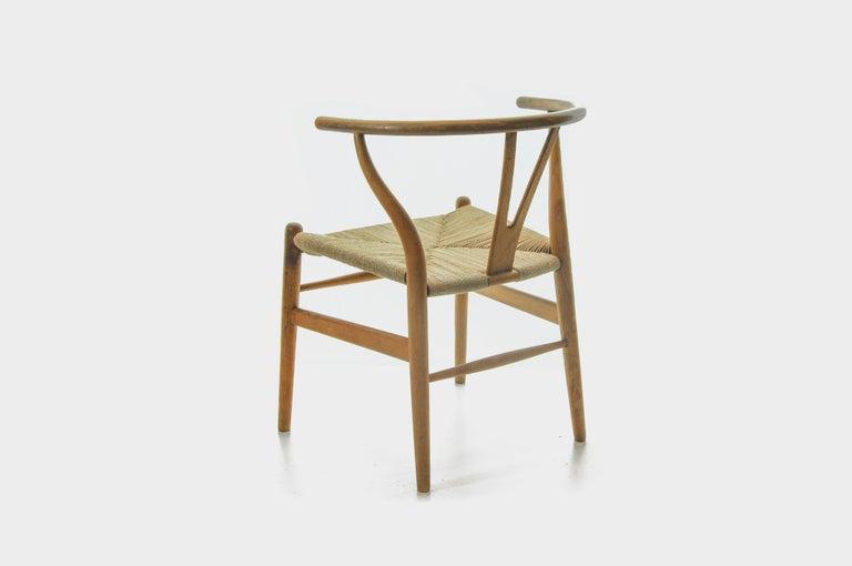 Set of 4 Hans Wegner CH24 Wishbone Chairs for Carl Hansen In Good Condition For Sale In Zürich, CH
