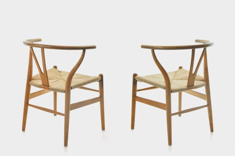 Oak Set of 4 Hans Wegner CH24 Wishbone Chairs for Carl Hansen For Sale