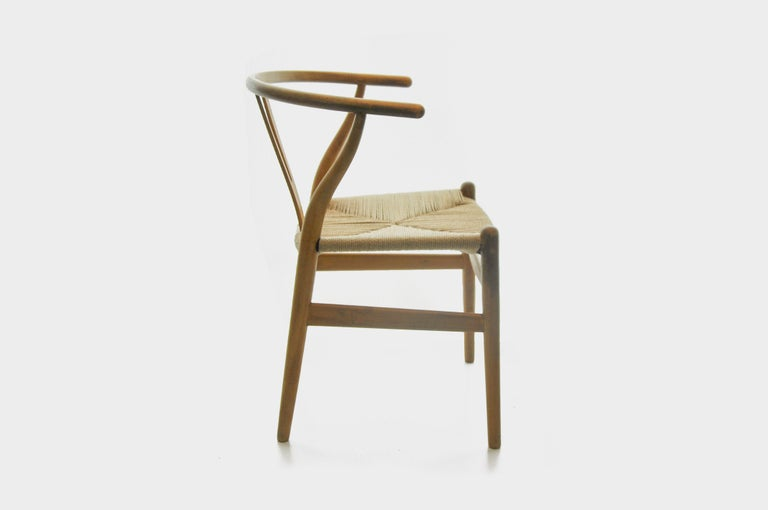 Set of 4 Hans Wegner CH24 Wishbone Chairs for Carl Hansen For Sale 1