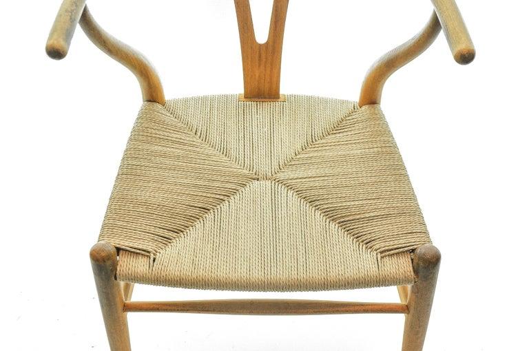 Set of 4 Hans Wegner CH24 Wishbone Chairs for Carl Hansen For Sale 2