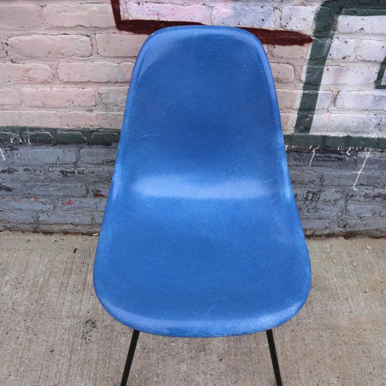 20th Century Set of 4 Herman Miller Eames Dining Chairs For Sale