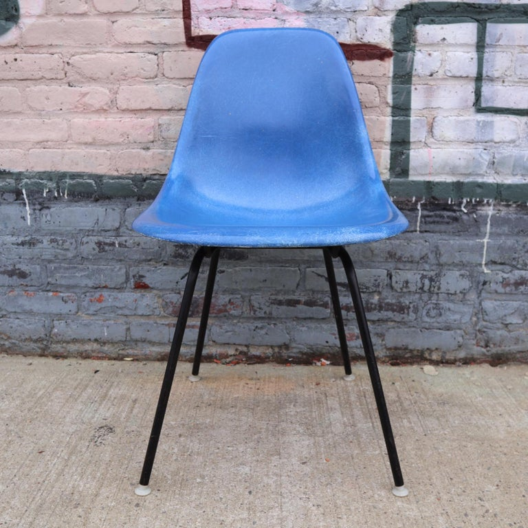 Set of 4 Herman Miller Eames Dining Chairs For Sale 1